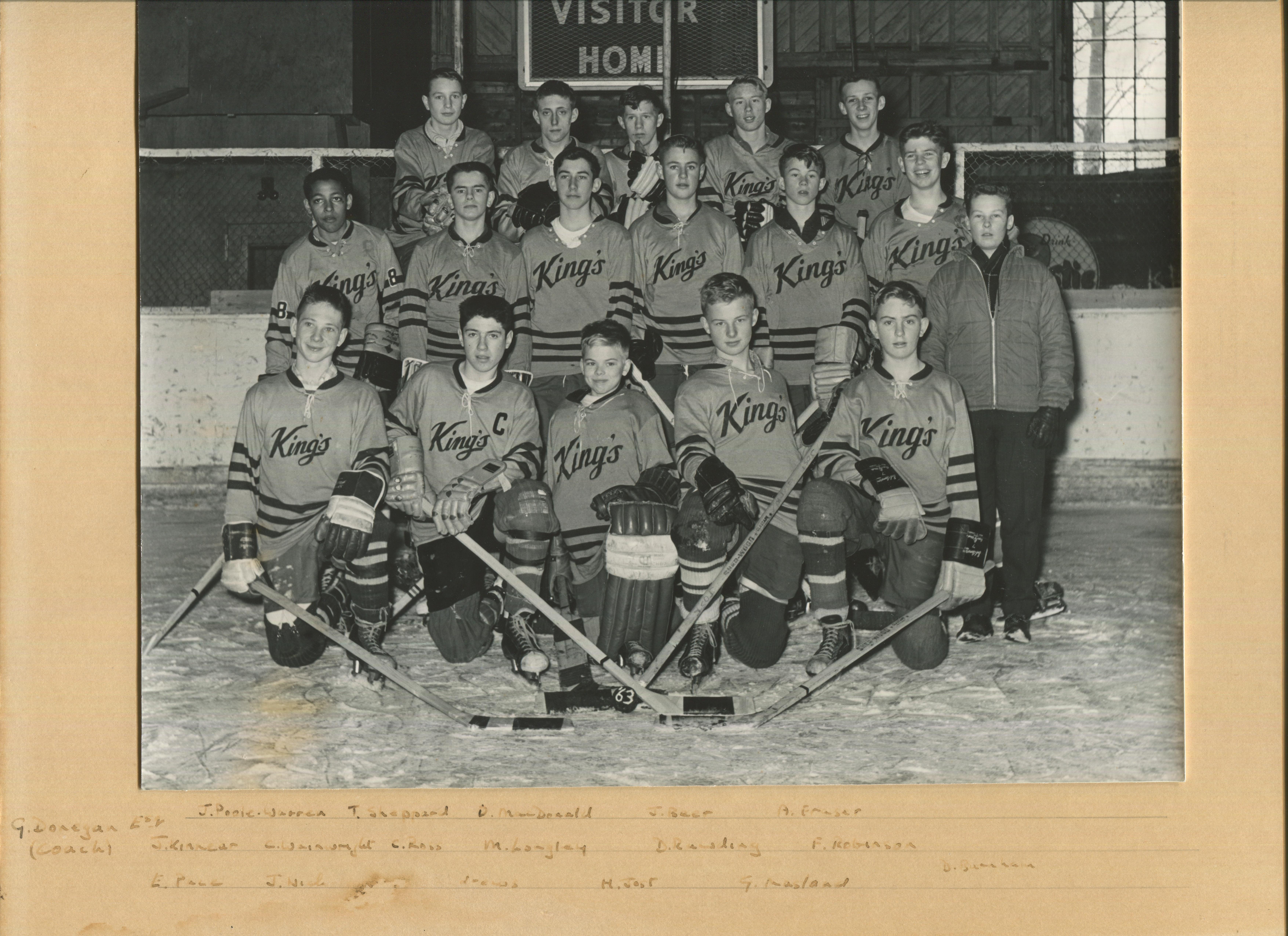 Dave_Andrews_Bantam_Hockey_1962-63_League_Champions.jpg