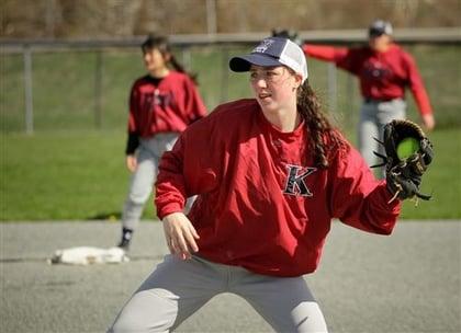 girls softball2